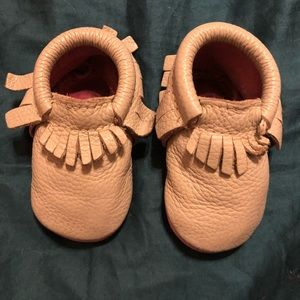 Freshly Picked Gray Moccasins play condition
